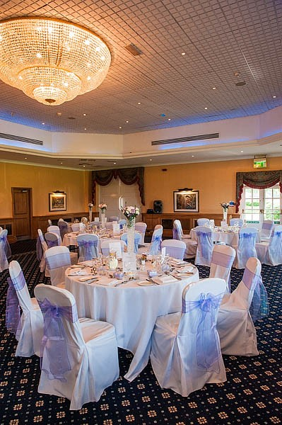 the-belfry-golf-centre-011-sutton-coldfield-wedding-photographer