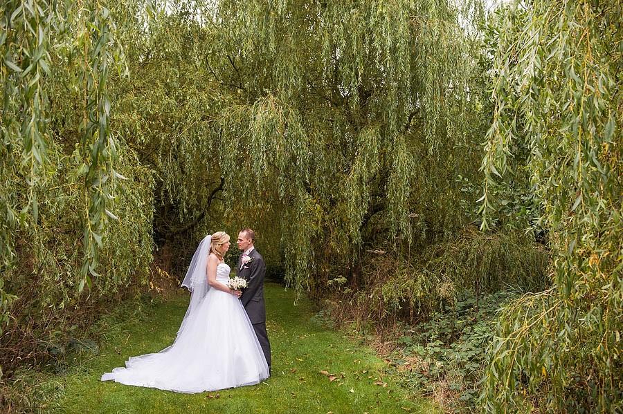 calderfields-wedding-015-recommended-walsall-wedding-photographer