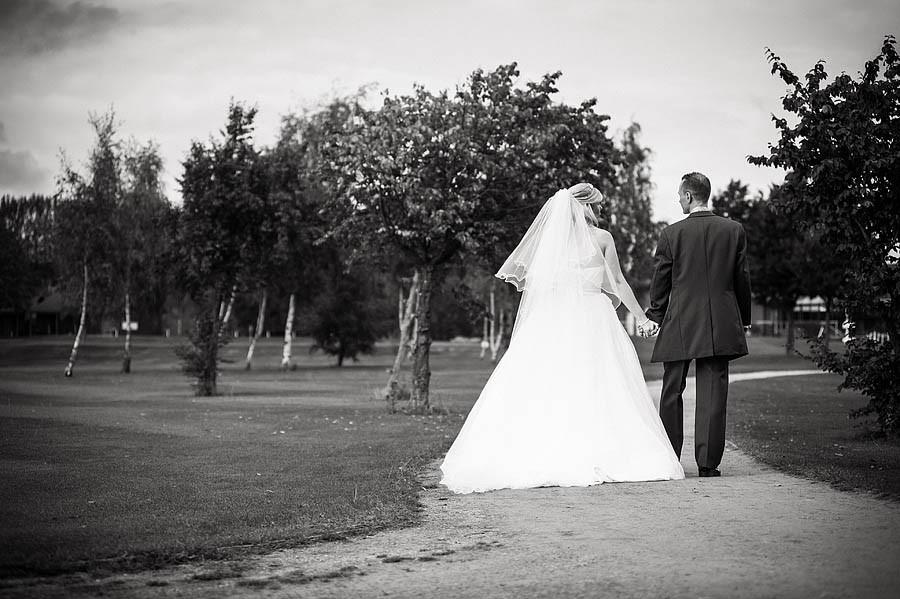 calderfields-wedding-095-recommended-walsall-wedding-photographer