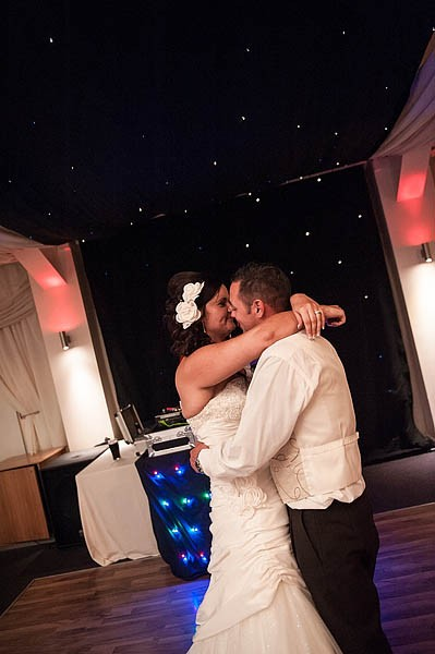 calderfields-wedding-096-recommended-walsall-wedding-photographer
