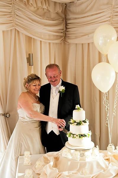 calderfields-wedding-177-recommended-walsall-wedding-photographer