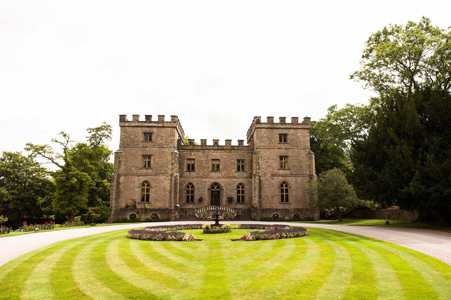 clearwell-castle-wedding-photographers-002