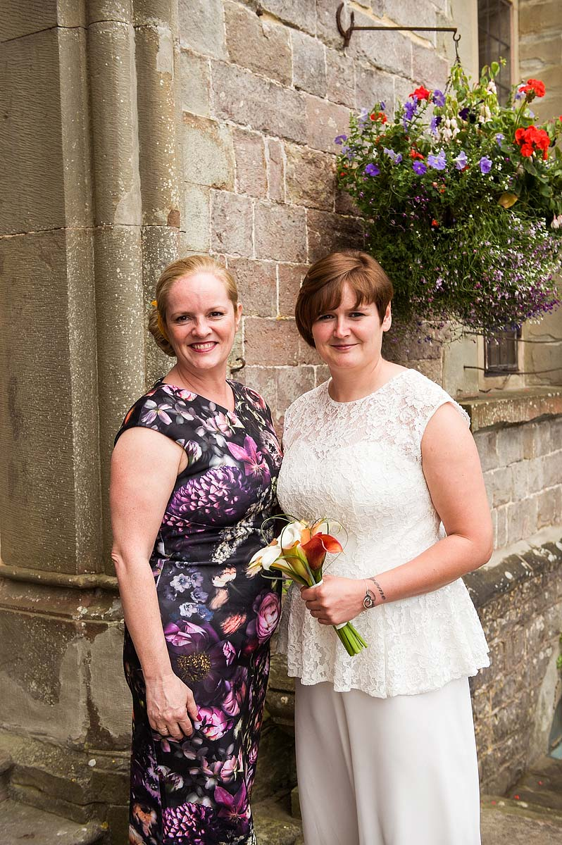 clearwell-castle-wedding-photographers-008