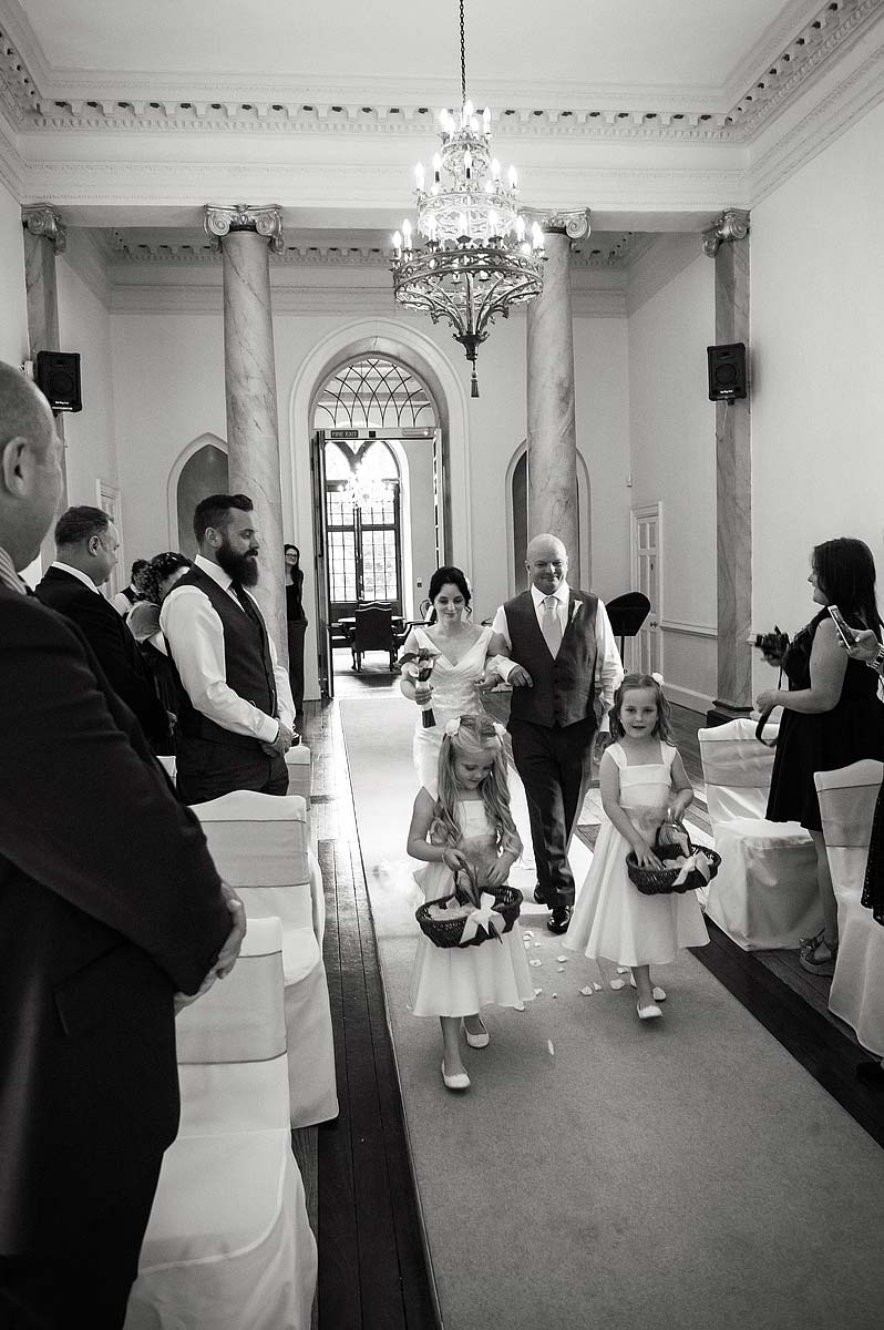 clearwell-castle-wedding-photographers-014