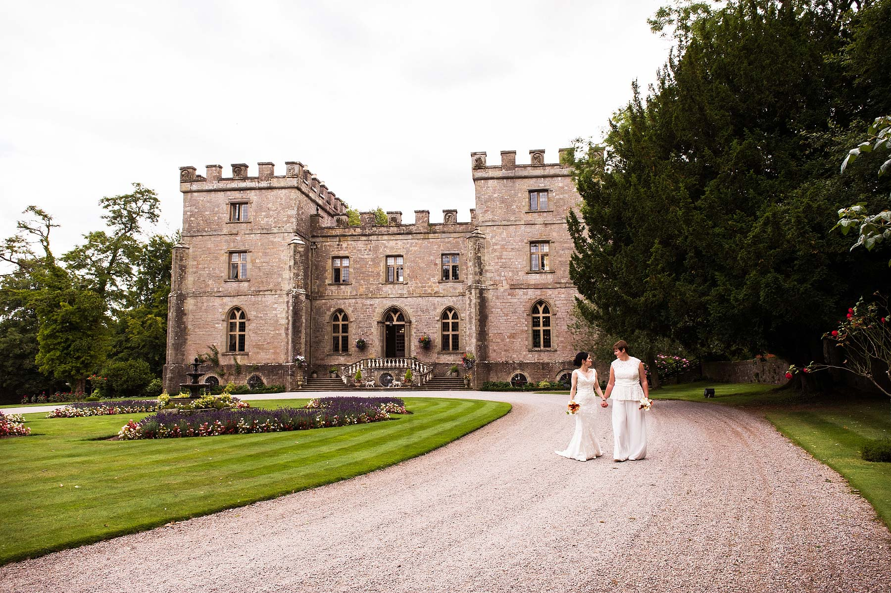 clearwell-castle-wedding-photographers-029