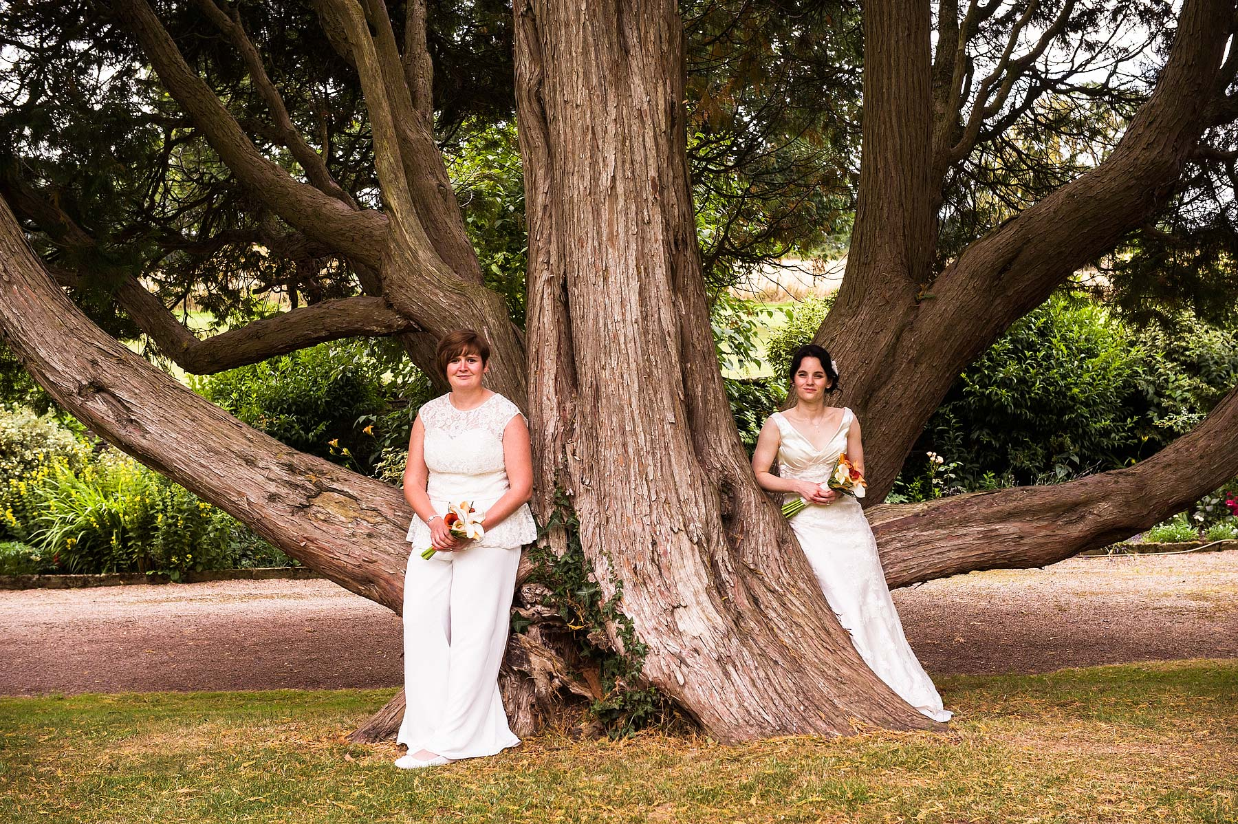 clearwell-castle-wedding-photographers-034