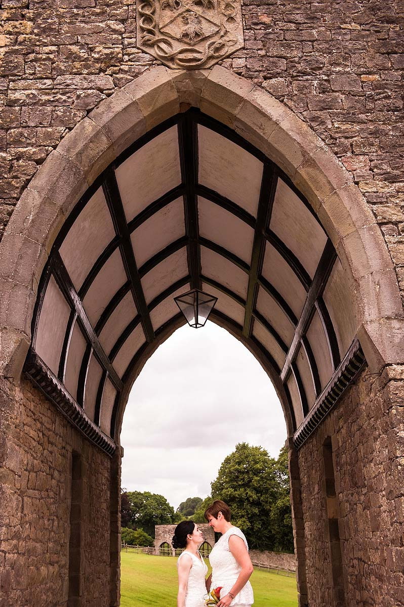 clearwell-castle-wedding-photographers-055