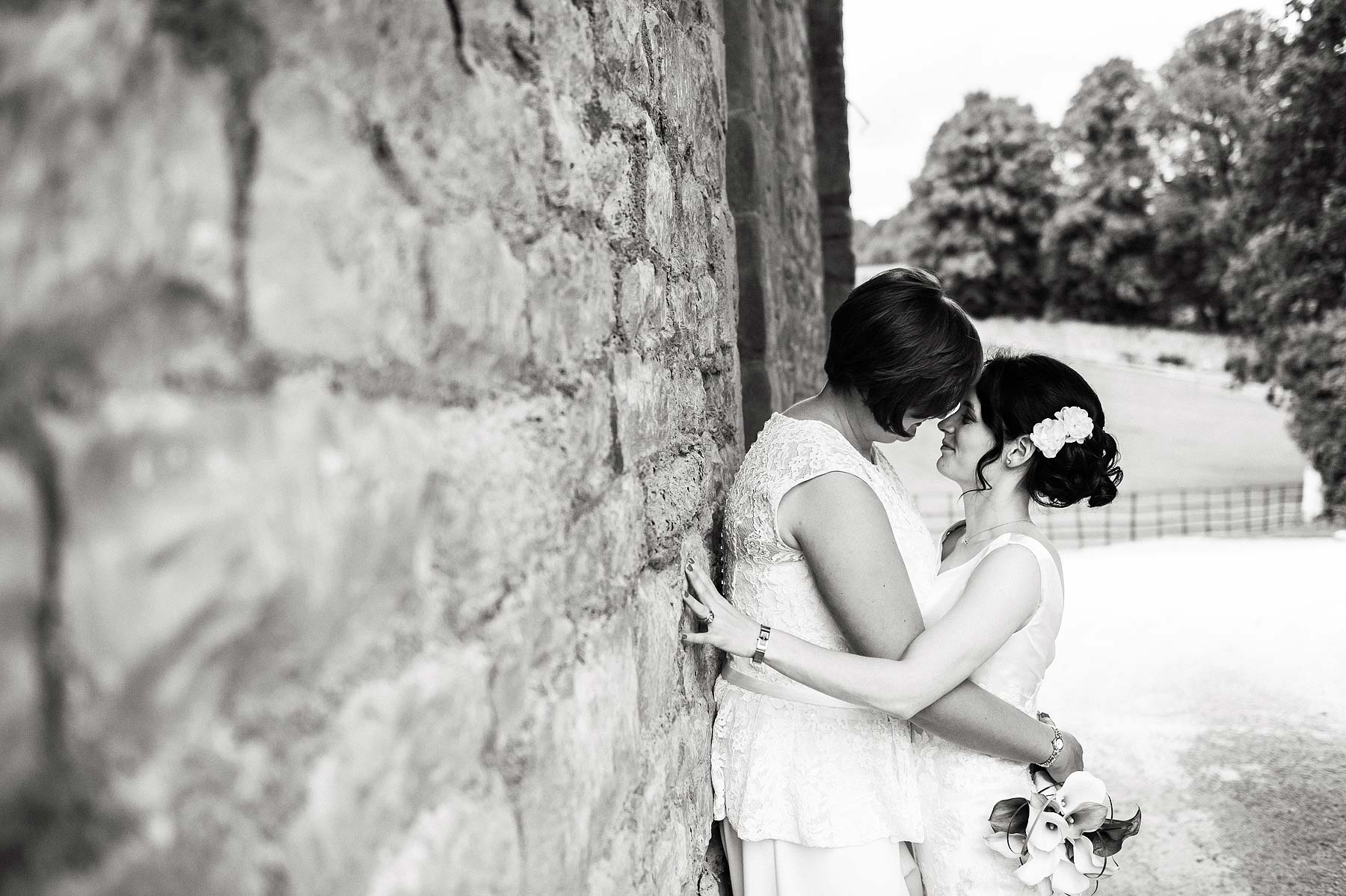 clearwell-castle-wedding-photographers-057