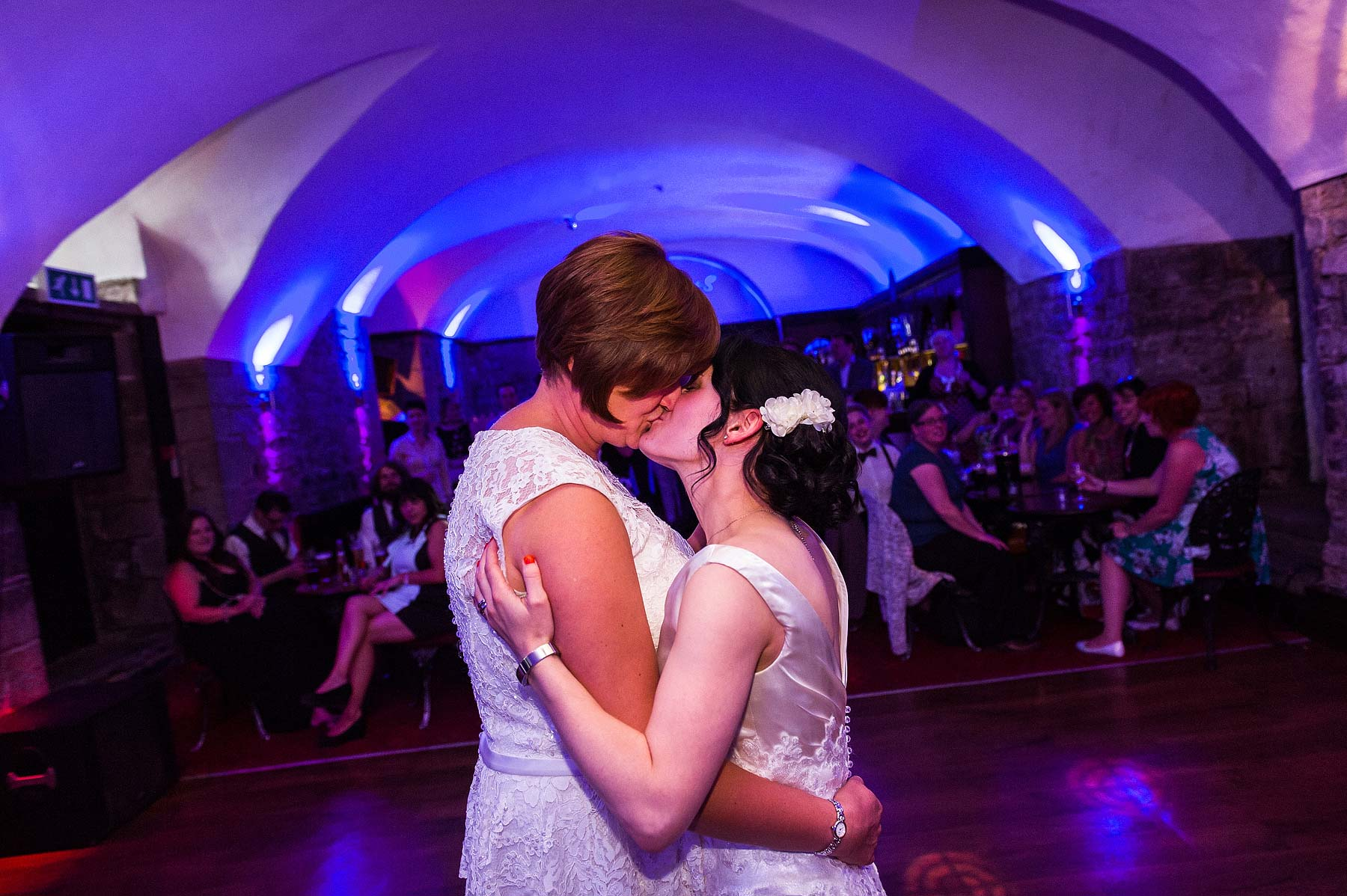 clearwell-castle-wedding-photographers-077