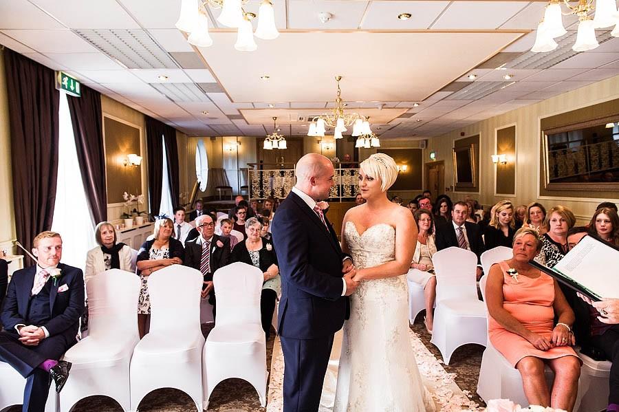 fairlawns-wedding-photographs-018-walsall-wedding-photographer