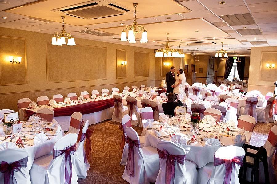 fairlawns-wedding-photographs-039-walsall-wedding-photographer