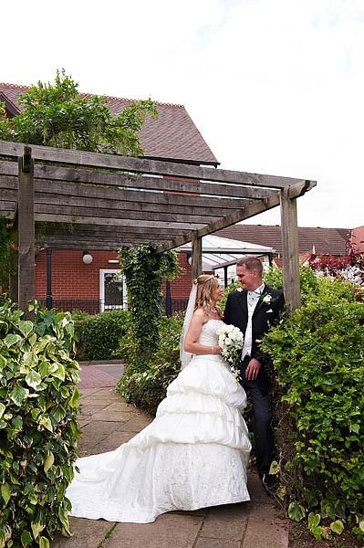 fairlawns-wedding-photographs-065-walsall-wedding-photographer