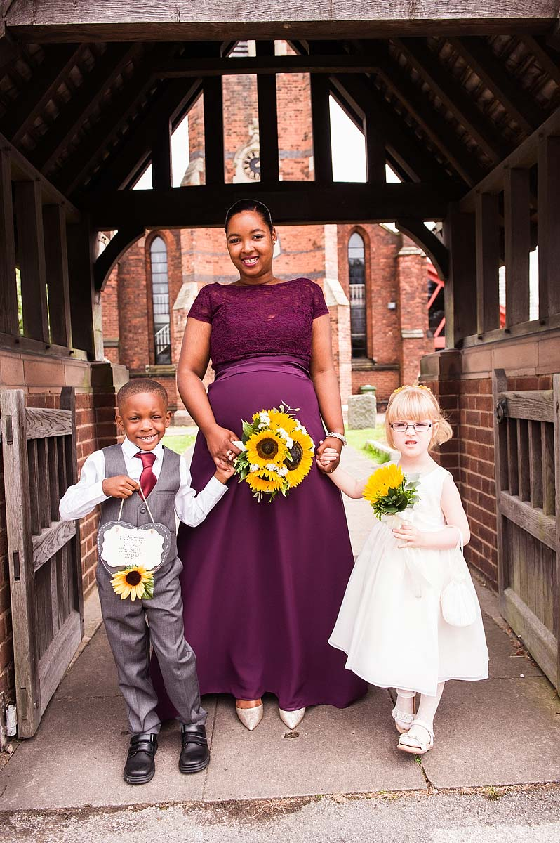 st-michaels-pelsall-moor-hall-sutton-coldfield-wedding-photographers-017