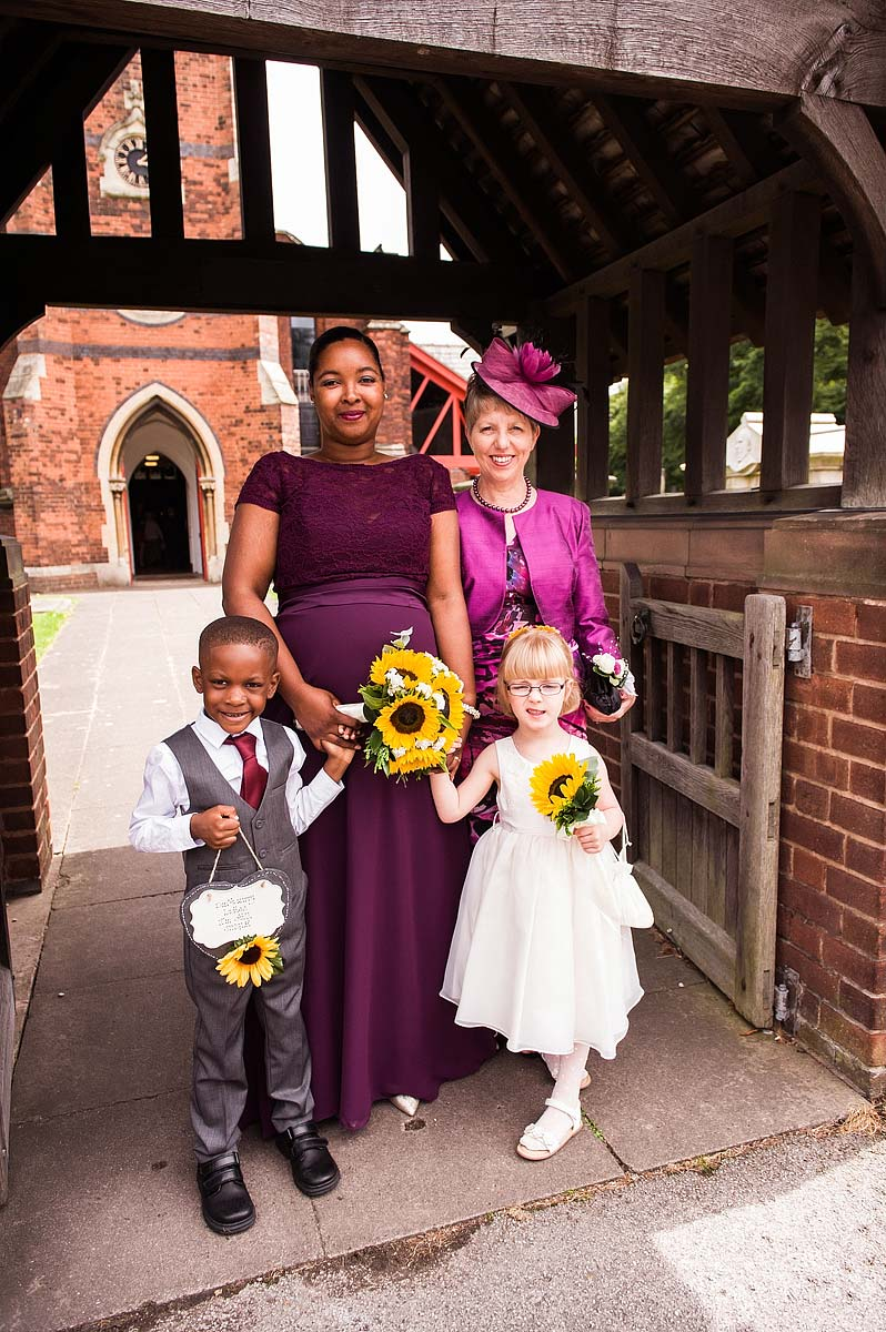 st-michaels-pelsall-moor-hall-sutton-coldfield-wedding-photographers-018