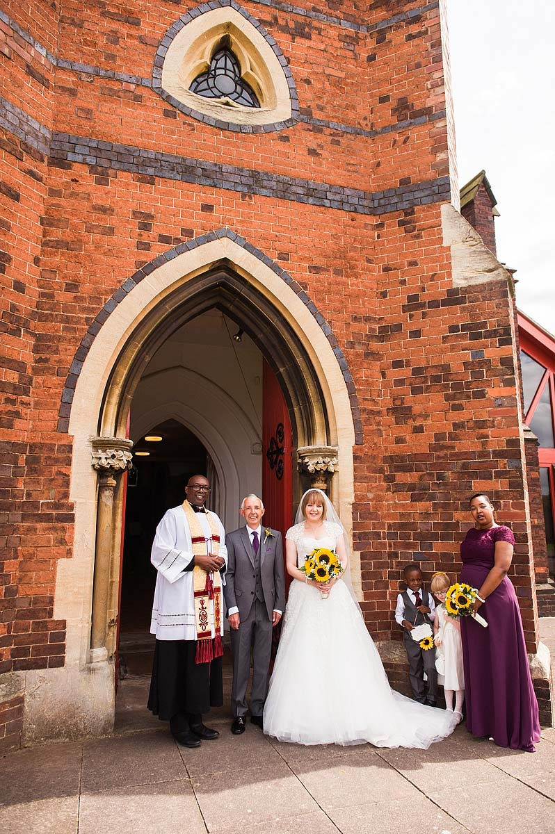 st-michaels-pelsall-moor-hall-sutton-coldfield-wedding-photographers-024