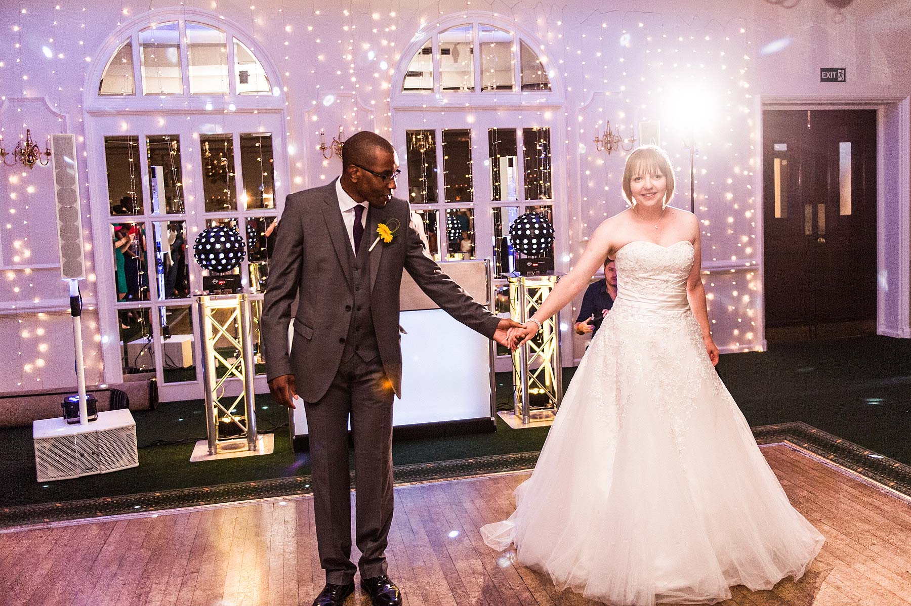 st-michaels-pelsall-moor-hall-sutton-coldfield-wedding-photographers-097