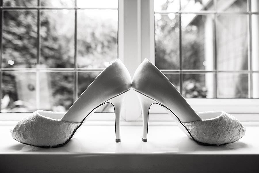 hawkesyard-hall-007-wedding-photographers