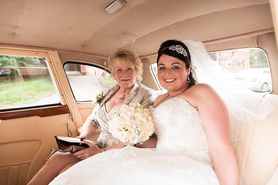 hawkesyard-hall-015-wedding-photographers
