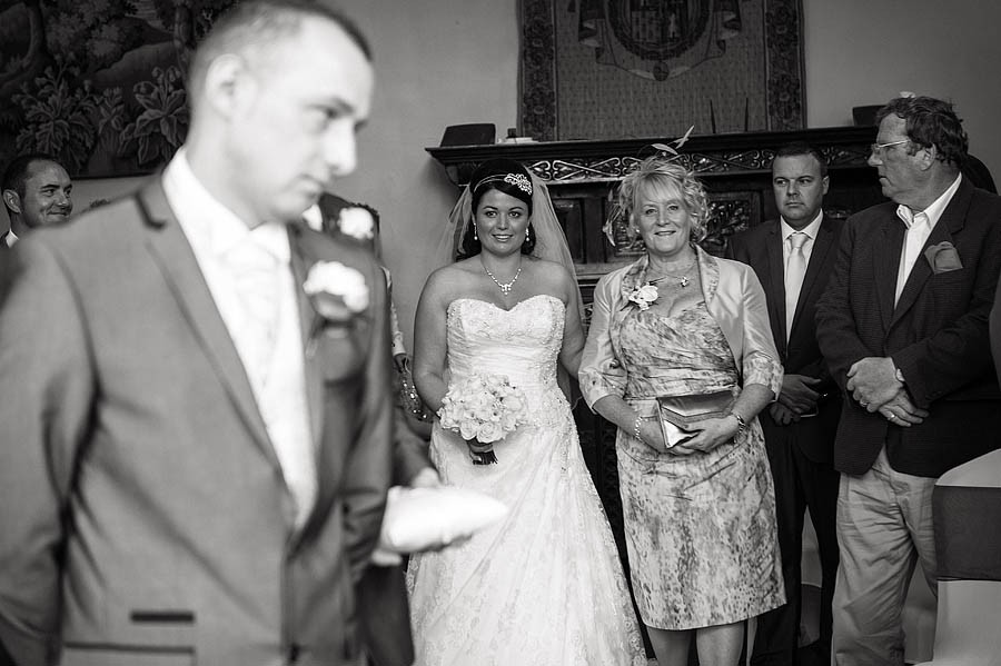 hawkesyard-hall-018-wedding-photographers