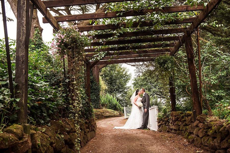 hawkesyard-hall-032-wedding-photographers