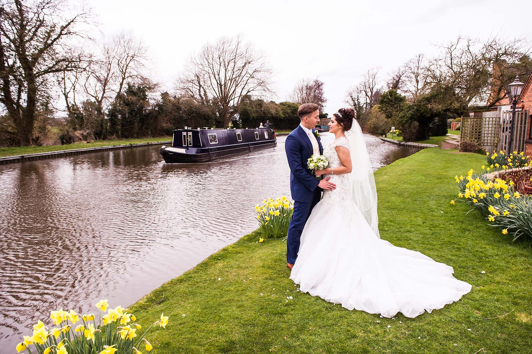 spring-wedding-photographs-moat-house-050