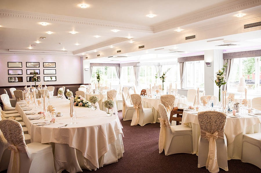 moat-house-acton-trussell-wedding-photographs010-recommended-wedding-photographers