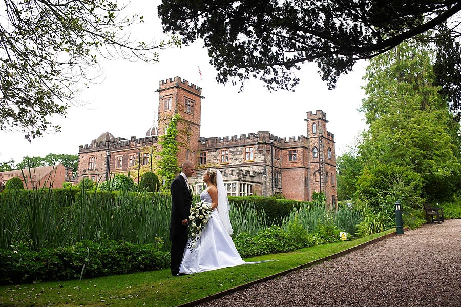 new-hall-walmley-007-sutton-coldfield-wedding-photographers