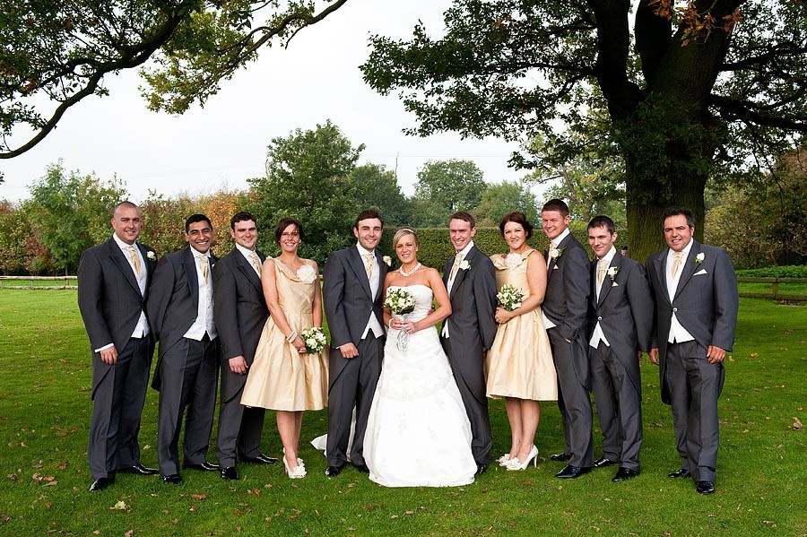 oak-farm-cannock-018-contemporary-wedding-photographers