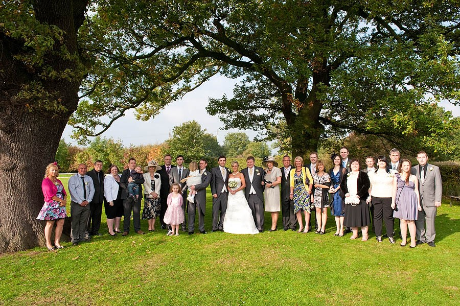 oak-farm-cannock-019-contemporary-wedding-photographers