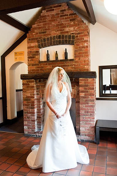 oak-farm-cannock-027-contemporary-wedding-photographers