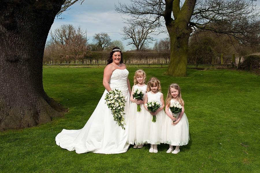 oak-farm-cannock-044-contemporary-wedding-photographers