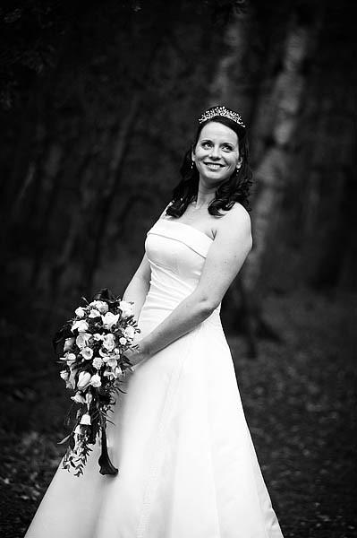 oak-farm-cannock-048-contemporary-wedding-photographers