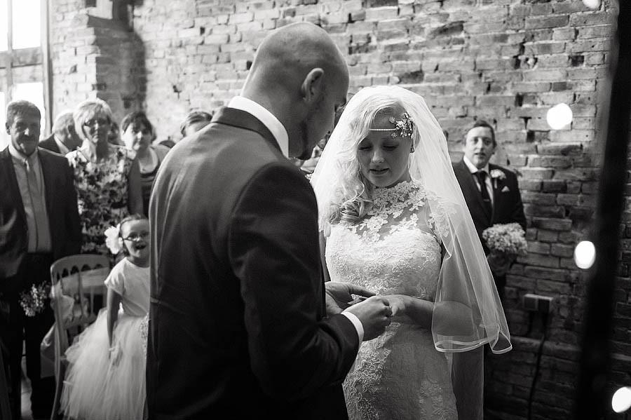 packington-moor-063-lichfield-wedding-photographers