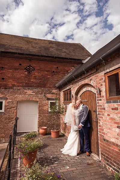 packington-moor-081-lichfield-wedding-photographers