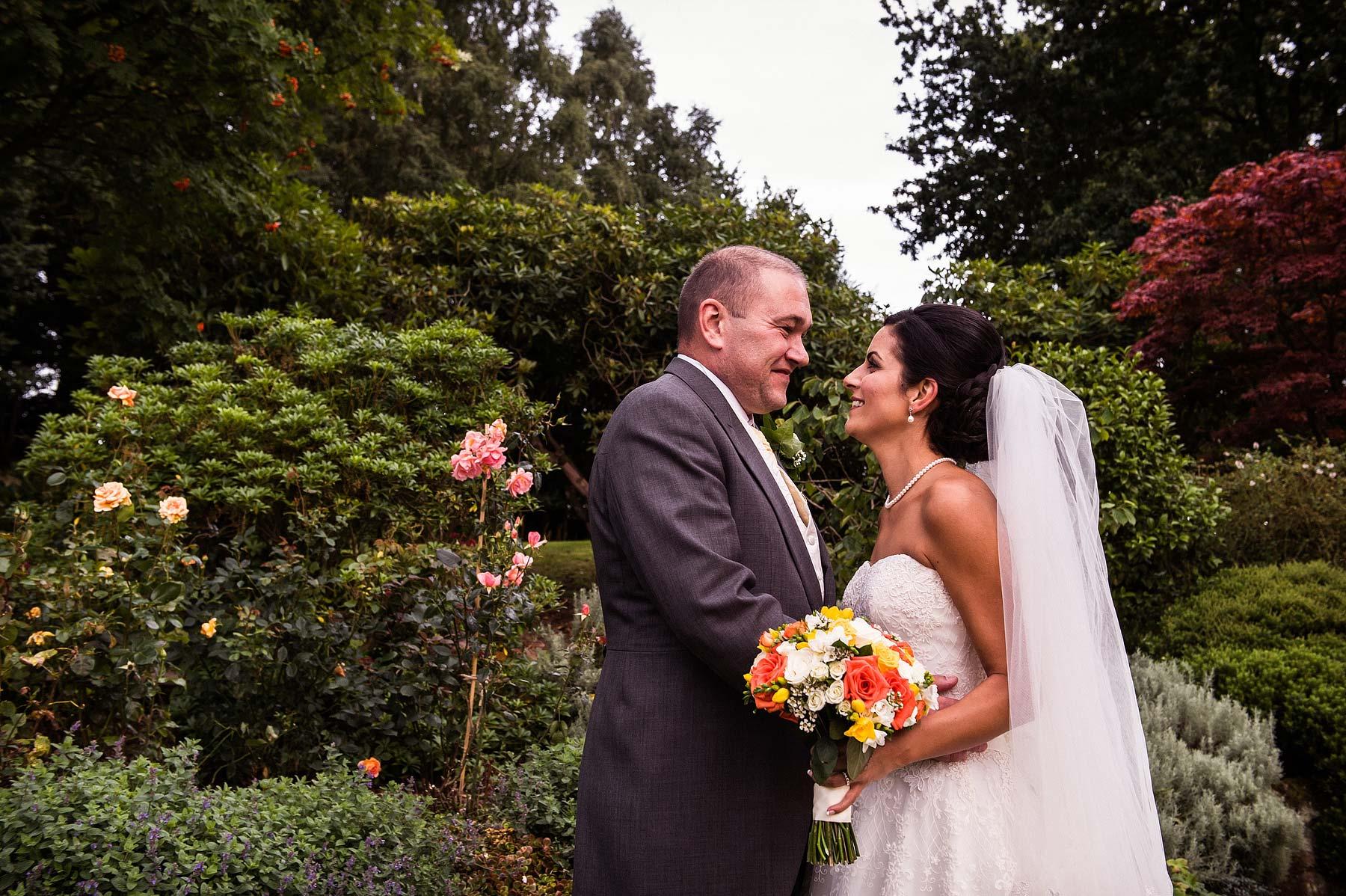 upper-house-barlaston-stone-wedding-photographers-001