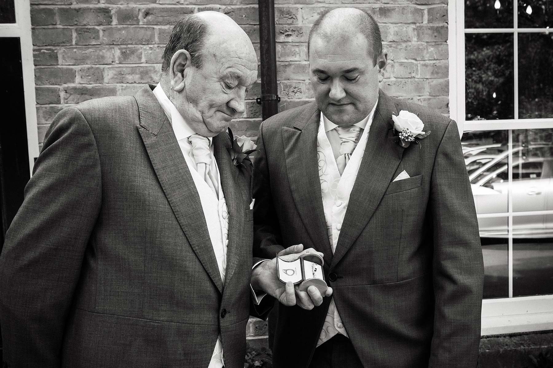 upper-house-barlaston-stone-wedding-photographers-020