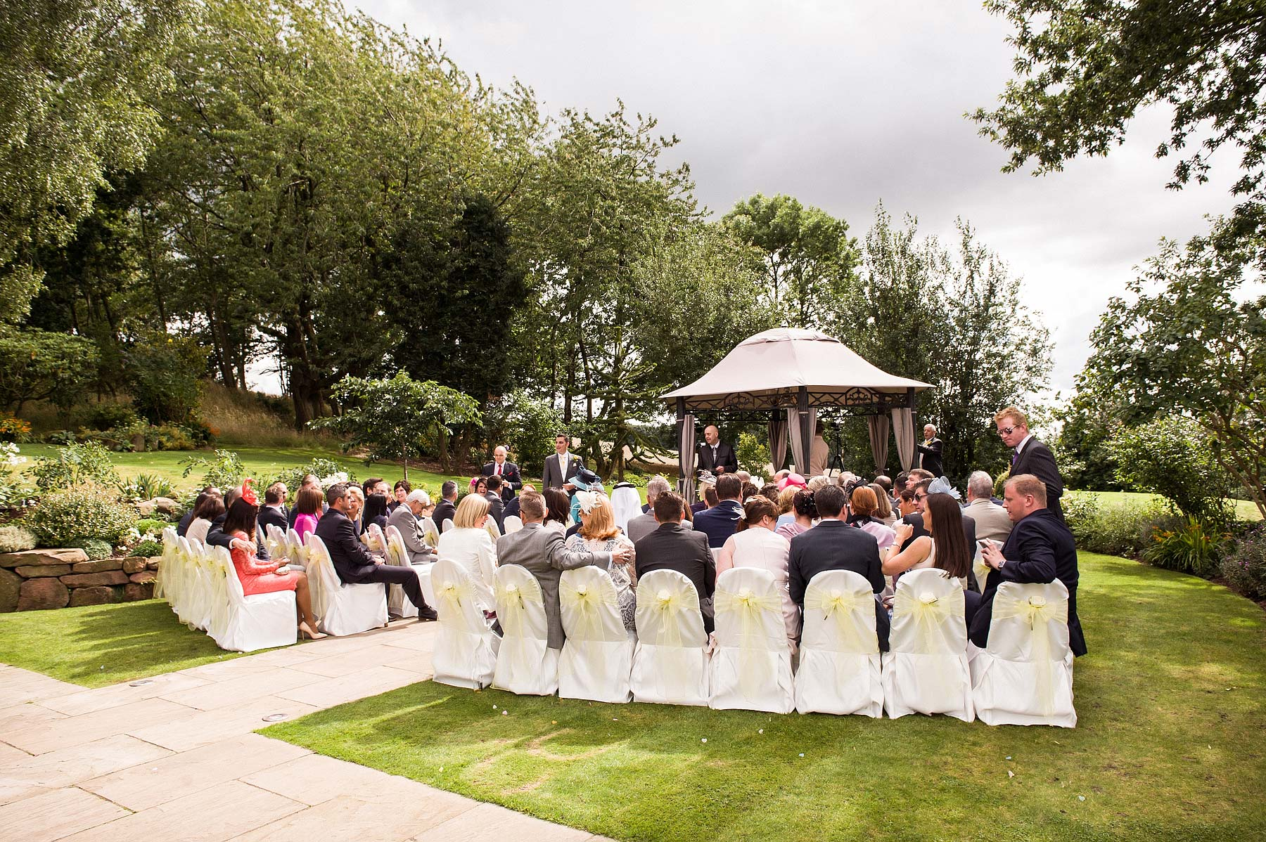 upper-house-barlaston-stone-wedding-photographers-030