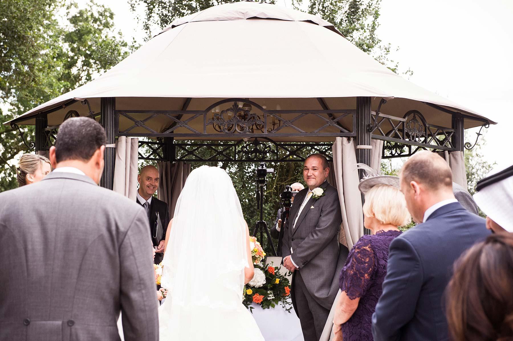 upper-house-barlaston-stone-wedding-photographers-032