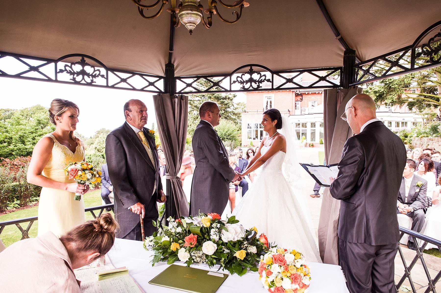 upper-house-barlaston-stone-wedding-photographers-037