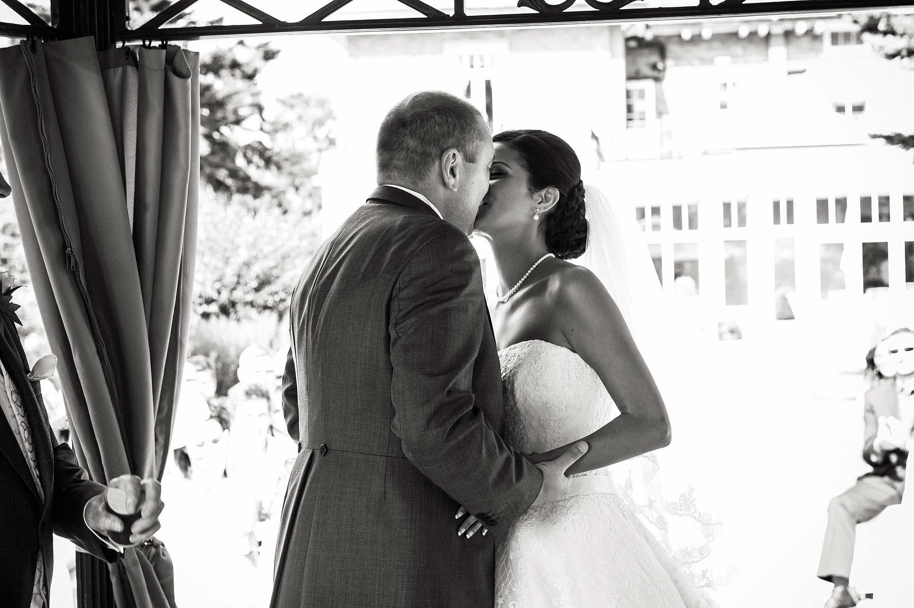 upper-house-barlaston-stone-wedding-photographers-040
