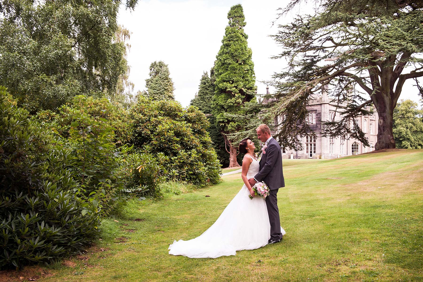hawkesyard-estate-wedding-photographers-rugeley-001