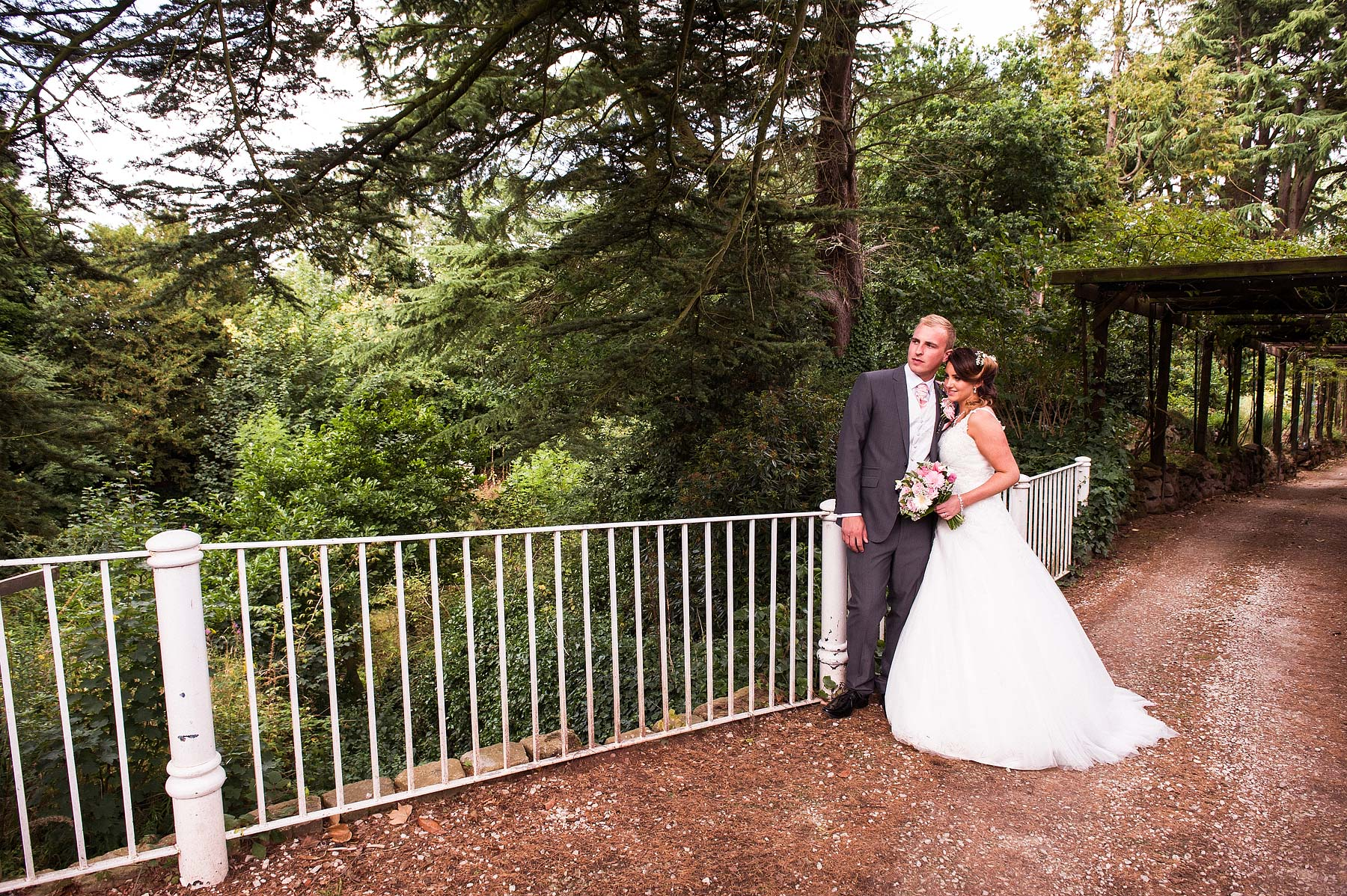 hawkesyard-estate-wedding-photographers-rugeley-065
