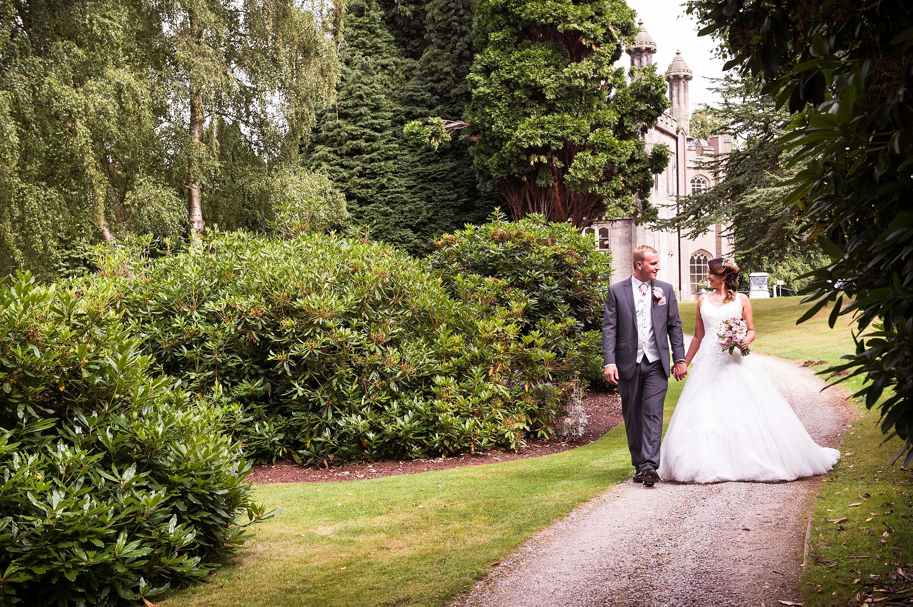 hawkesyard-estate-wedding-photographers-rugeley-066