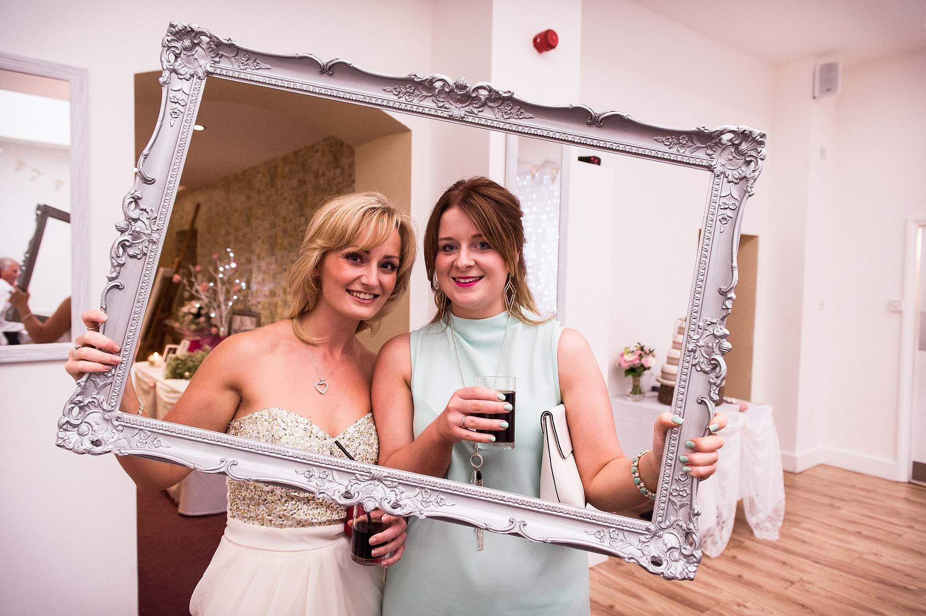 hawkesyard-estate-wedding-photographers-rugeley-099