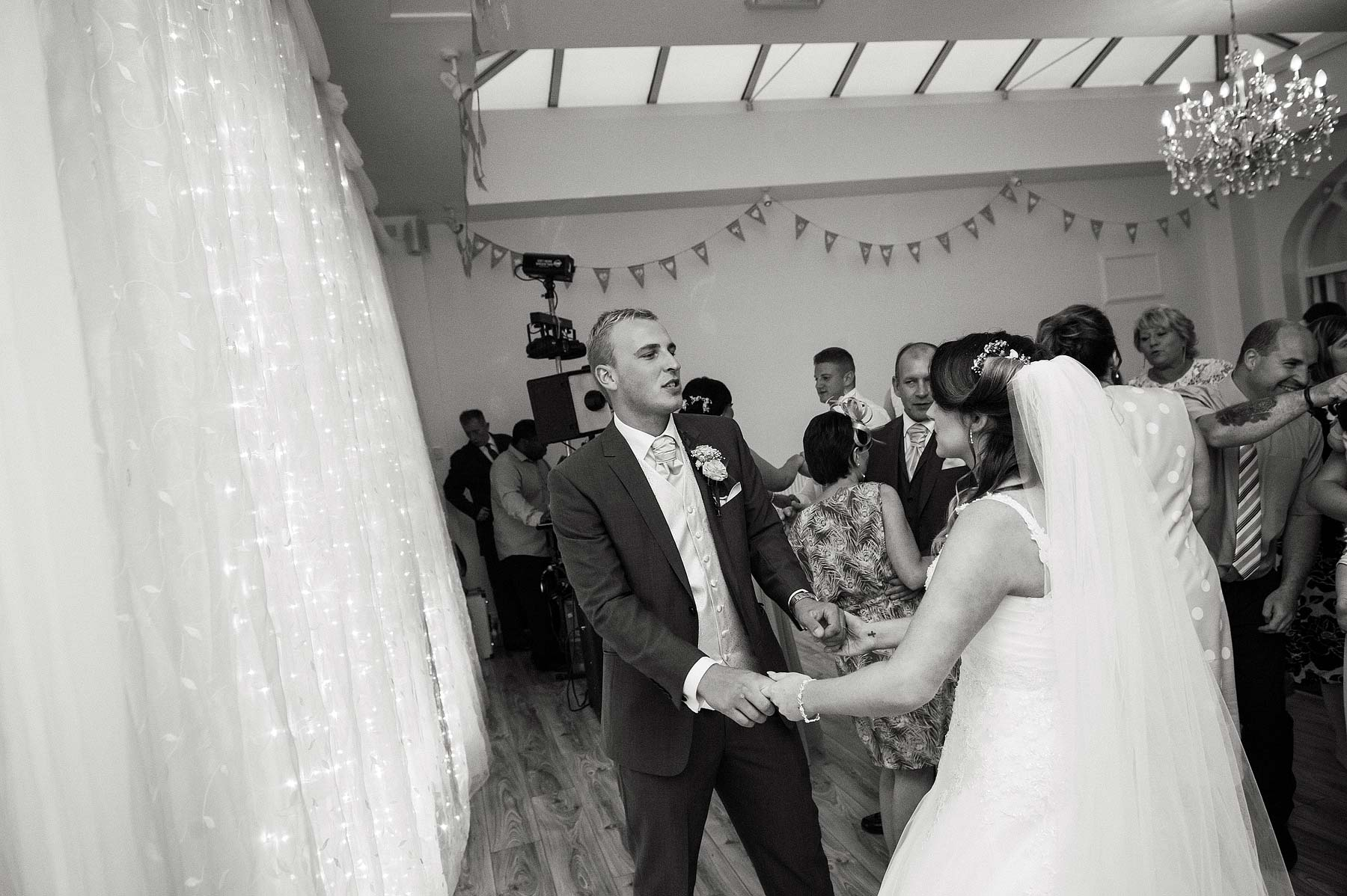 hawkesyard-estate-wedding-photographers-rugeley-114