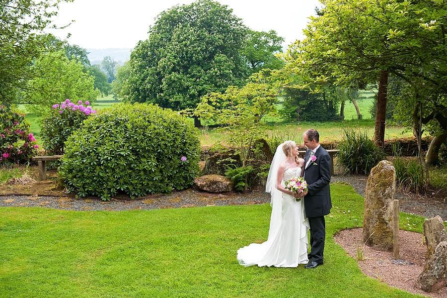 upperhouse-barlaston-wedding-photographs-010-contemporary-wedding-photographers