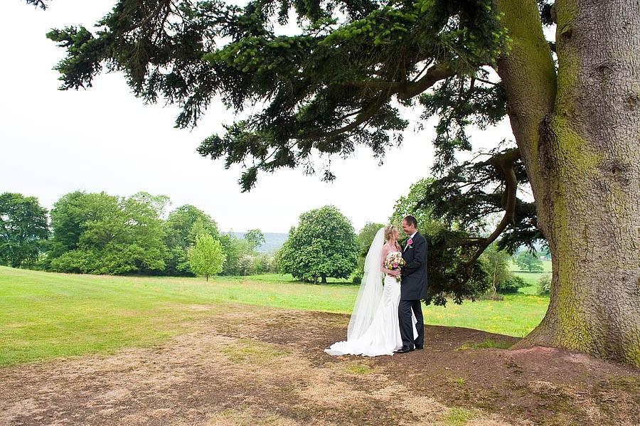 upperhouse-barlaston-wedding-photographs-018-contemporary-wedding-photographers