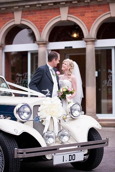 upperhouse-barlaston-wedding-photographs-020-contemporary-wedding-photographers