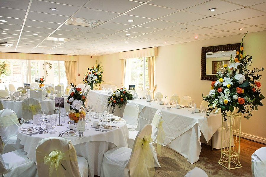 upperhouse-barlaston-wedding-photographs-037-contemporary-wedding-photographers