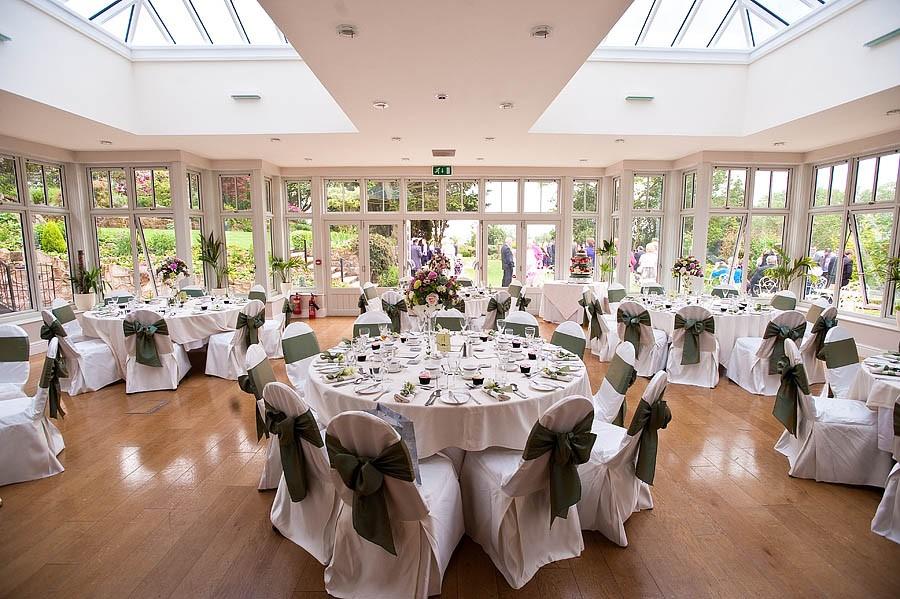 upperhouse-barlaston-wedding-photographs-040-contemporary-wedding-photographers